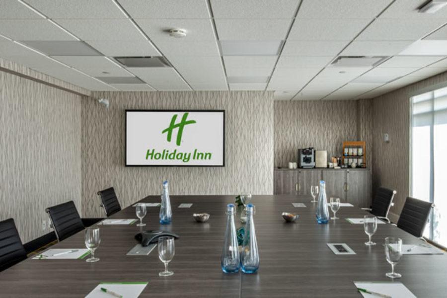 Holiday Inn -139