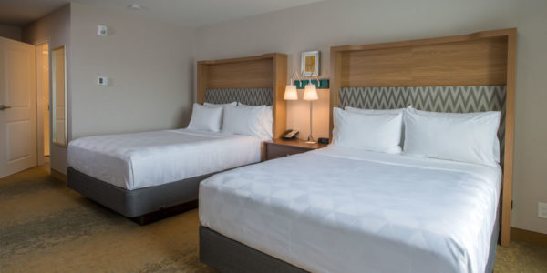 Holiday Inn -9